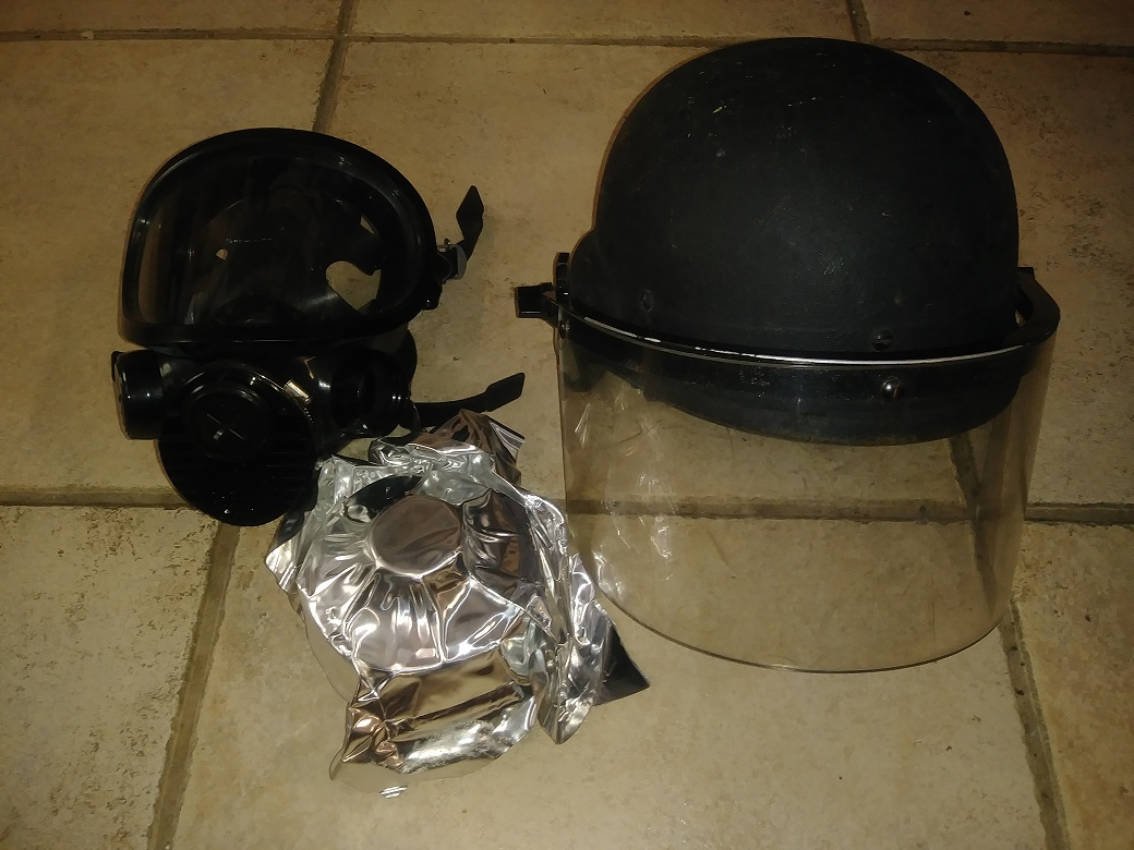 Riot Helmet (IIIA) & 3M Gas Mask Combo - Surplus