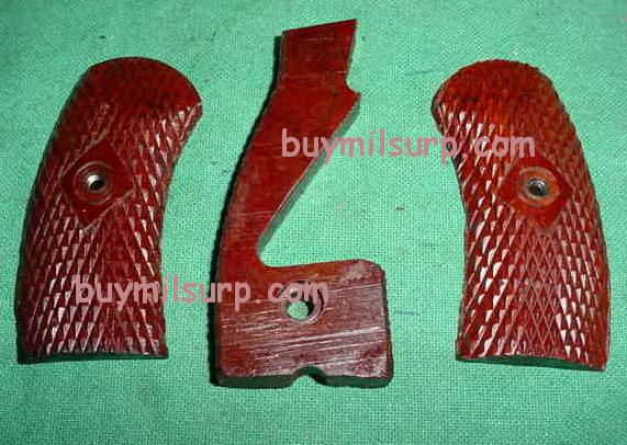Grip Set (3 Pieces) M1895 Russian Nagant Revolver BAKELITE VG+