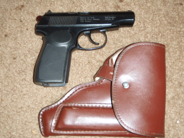 East German Makarov 9x18 - Click Image to Close