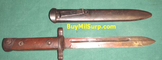 Italian M38 Carcano Bayonet with Scabbard Fixed Blade